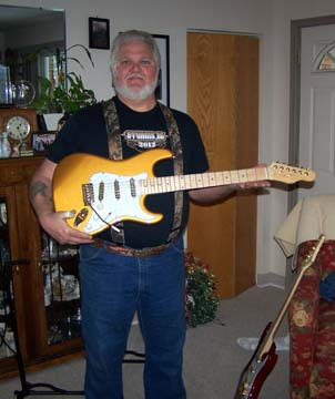 Gary's gold strat with big lou neck